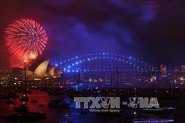 Màn pháo hoa rực rỡ chào đón Năm mới 2018 ở Sydney