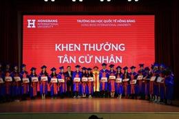 Trường Đại học Quốc tế Hồng Bàng trao bằng tốt nghiệp cho 1.543 tân khoa