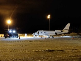 Phi công tử vong tại chỗ vì cửa máy bay rơi trúng người