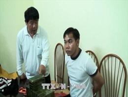 Kết hợp với người nước ngoài để đi buôn 7,5 kg heroin