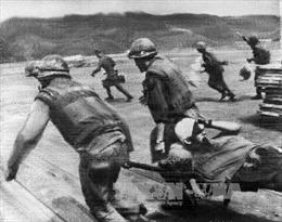 Mặt trận Quảng Trị - Bài 1: Xé toang bức 'bình phong' Đường 9 - Khe Sanh