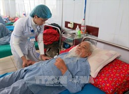 Phòng bệnh cho trẻ em và người già khi thời tiết rét đậm, rét hại