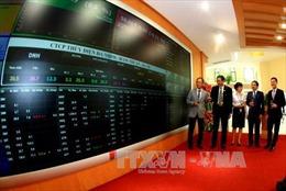 Chỉ số VN-Index sắp phá ngưỡng 1.050 điểm