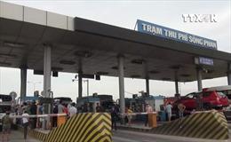 Trạm BOT Sông Phan, Bình Thuận ùn tắc do tài xế phản đối