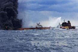 Nguy cơ thảm họa môi trường do dầu tràn từ tàu Sanchi của Iran