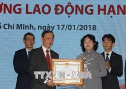 Phó Chủ tịch nước trao Huân chương Lao động hạng Ba cho Bảo hiểm Nhân thọ Dai-ichi