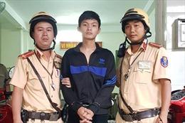 CSGT An Lạc bắt đối tượng trốn truy nã của công an tỉnh Bến Tre