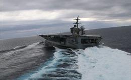 Tàu sân bay Mỹ trình diễn ấn tượng trên Đại Tây Dương