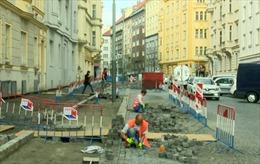 'Du lịch lao động' – ác mộng của các doanh nghiệp Séc
