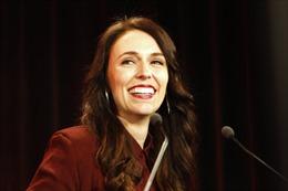 Thủ tướng New Zealand mang thai con đầu, sẽ nghỉ lãnh đạo đất nước 6 tuần