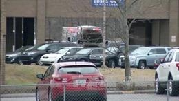 Liên tiếp xảy ra các vụ xả súng, trường học Mỹ không còn là nơi an toàn