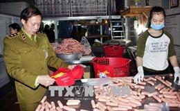 Hà Nội: Nỗi lo an toàn vệ sinh thực phẩm những ngày cận Tết
