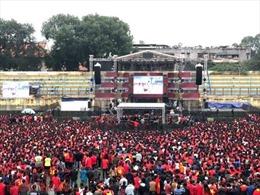 Sinh viên Trường Đại học Bách Khoa bùng nổ với trận chung kết U23 Việt Nam
