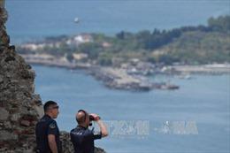 Interpol cảnh báo 50 tay súng IS đã đến Italy