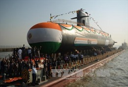 Ấn Độ hạ thủy tàu ngầm lớp Scorpene thứ 3 dài 67,5m