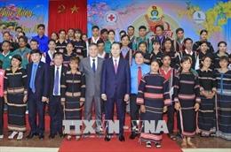 Chủ tịch nước thăm, chúc Tết người lao động ngành Cao su