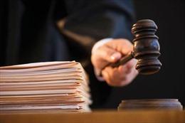 Làm giả quyết định ly hôn với 'thù lao' 1,5 triệu đồng, nguyên thư ký tòa lĩnh 2 năm tù