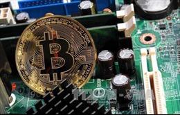 Các ngân hàng ở Anh và Mỹ cấm mua bitcoin bằng thẻ tín dụng