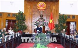Thủ tướng gặp mặt Ban liên lạc Hội Truyền thống Chiến sĩ Điện Biên Phủ