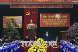 Chủ tịch Nguyễn Đức Chung yêu cầu kiểm soát việc tăng giá tại lễ hội chùa Hương