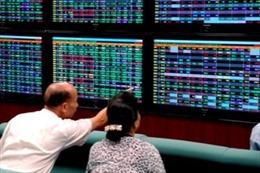VN-Index vực dậy tăng gần 30 điểm: Cổ phiếu FLC được kéo lên mức giá trần, HAG và HNG bứt phá mạnh