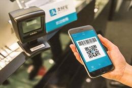 Giao dịch qua mạng, giảm áp lực rút tiền tại các máy ATM ngày cận Tết