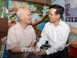 Đồng chí Võ Văn Thưởng thăm và chúc Tết tại TP Hồ Chí Minh