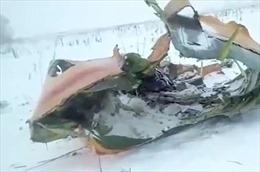 Video hiện trường rơi máy bay chở 71 người tại Nga