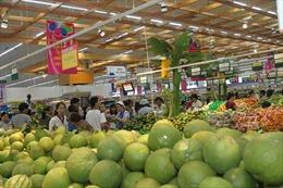 Đông nghịt người dân đến chợ, siêu thị mua sắm hàng Tết