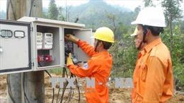 Làng tái định cư vùng sạt lở núi huyện Nam Trà My có điện sinh hoạt
