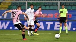 Rút thẻ đỏ đuổi cầu thủ đội chủ nhà, trọng tài Italy bất ngờ bị ném… kem