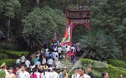 Phú Thọ: Dâng hương tưởng niệm các Vua Hùng đêm giao thừa