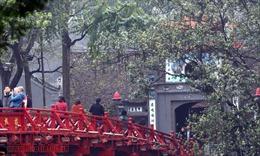 Gần 375 nghìn lượt khách du lịch đến Hà Nội dịp Tết Nguyên đán