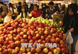 Tháng 2, giá tiêu dùng tăng cao do mua sắm Tết