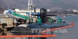 Tàu ngầm Hải quân Mỹ cập Vịnh Subic của Philippines