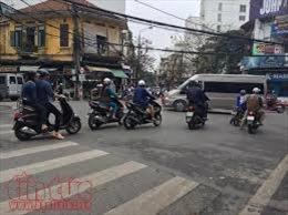 Đã say xỉn, phạm luật còn tấn công cảnh sát giao thông