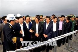 Phó Thủ tướng Trịnh Đình Dũng thăm và làm việc tại Hải Phòng