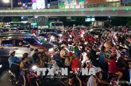 Giao thông kẹt cứng khu vực cửa ngõ sân bay Tân Sơn Nhất