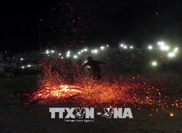Độc đáo Lễ hội nhảy lửa của người Pà Thẻn