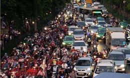 Kẹt xe tại cửa ngõ sân bay Tân Sơn Nhất