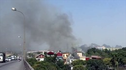 Cháy lớn ở xưởng chứa phế liệu tại Hải Dương