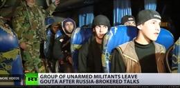 Syria: Nhóm phiến quân đầu tiên sơ tán khỏi Đông Ghouta