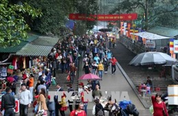 Tệ nạn cờ bạc, mê tín dị đoan tại lễ hội Chùa Hương tiếp tục được chấn chỉnh