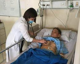 Cứu sống một cụ ông 8 lần ngưng tim ngưng thở