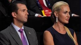 Con dâu trưởng Tổng thống Trump bất ngờ đệ đơn ly hôn