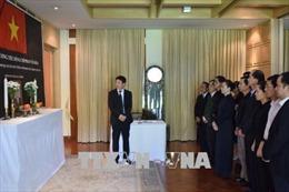 Lễ viếng và mở sổ tang tưởng nhớ nguyên Thủ tướng Phan Văn Khải tại một số nước