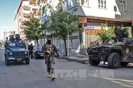 Vụ đảo chính tại Thổ Nhĩ Kỳ: Chính quyền Ankara truy bắt hàng chục sĩ quan quân đội