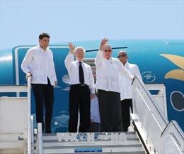 Chủ tịch Raul Castro Ruz cùng Tổng Bí thư Nguyễn Phú Trọng đi thăm thành phố Santiago De Cuba