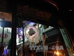 Khởi tố hai đối tượng bắn vỡ kính xe trên quốc lộ 1A