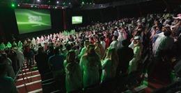 Người dân Saudi Arabia lần đầu đến rạp xem phim sau hơn 35 năm
